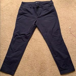 Old Navy Pixie size 12, navy